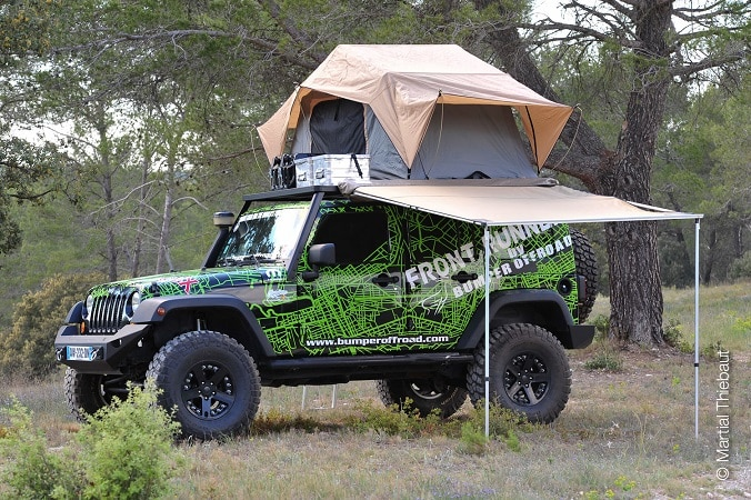 location de tentes de toit avec bumper off road generation 4x4 magazine. Black Bedroom Furniture Sets. Home Design Ideas
